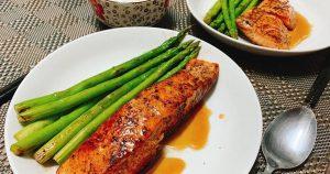cách chế biến cá hồi áp chảo sốt tiêu